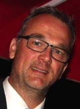 Dr. Thomas Schiffelholz